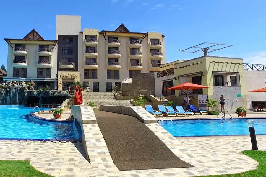 Kamel Park Resort helipad, rooms, menu, swimming pool rates, and contacts